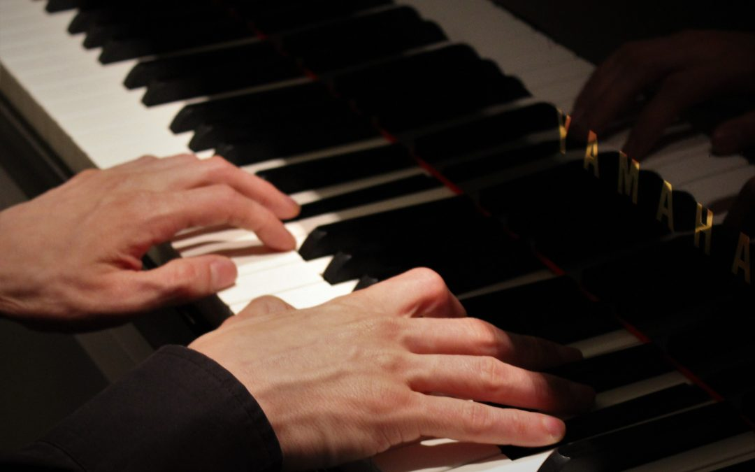 Piano finger technique
