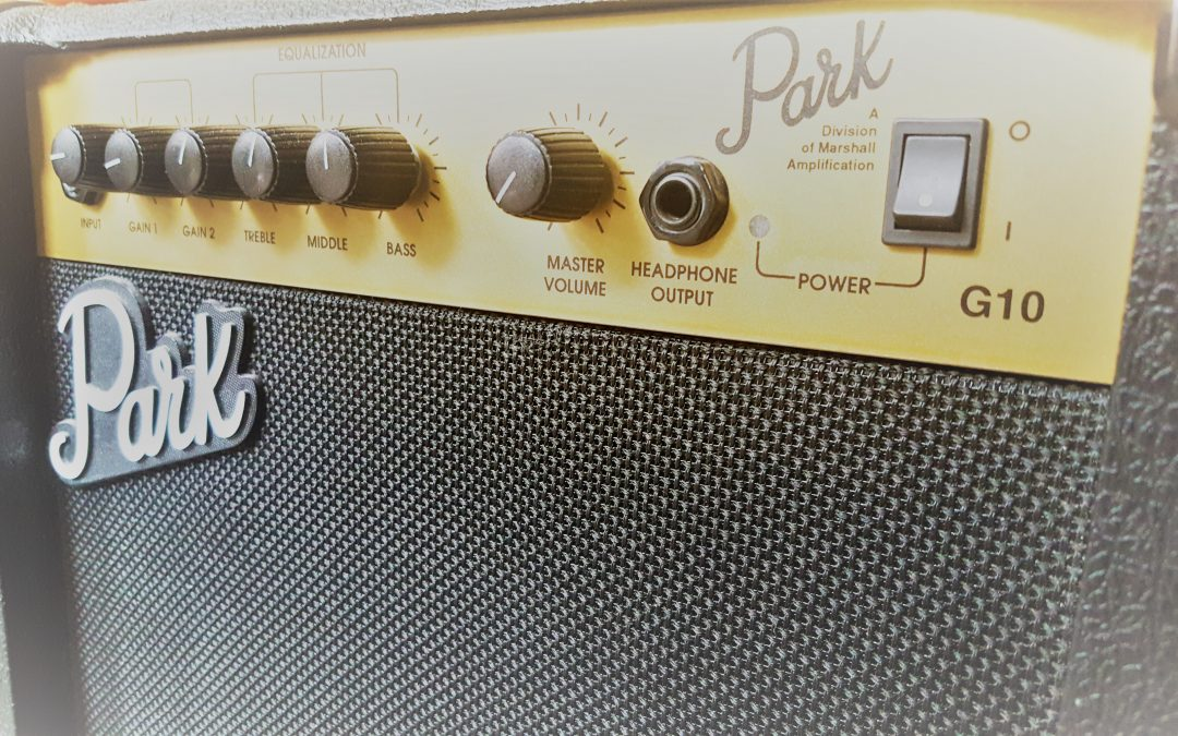 Learn how to set up the Amplifier for your Guitar